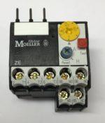 Moeller ZE-1.0 Relais thermique; Serie: DILEEM,DILEM; Prises: bornes a vis Amplitude de reglages de declancheur de haut courant 0.6…1.0A Temperature de travail -25...50°C