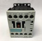 Siemens 3RT1015-1BB41 Contacteur 3NO, 7 A, 24 V c.c., 3 pôles , 3 kW Contacteurs et relais de commande gamme Sirius