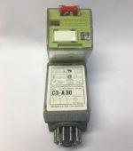 Comat C3-A30/AC24V Relais de puissance ComatReleco, boîtier en matiere synthetique, vert, materiau de contact AgNi 10 A 250 V AC, pour des circuits electriques AC et DC ≤ 10 mA 10 V, pour socle CS-11 ou C11 A, touche pour commande manuelle, arrêtable, indication de position mecanique, T -40...60 °C execution du raccordement electrique raccordement a broches